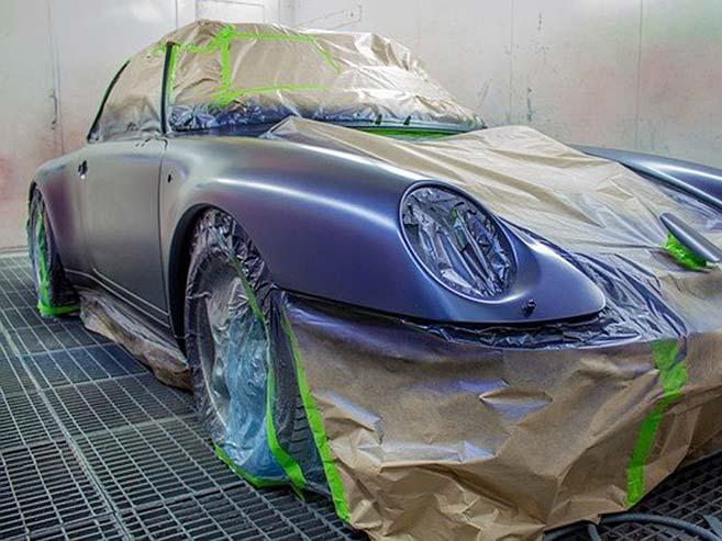 Porsche in der Lackierung